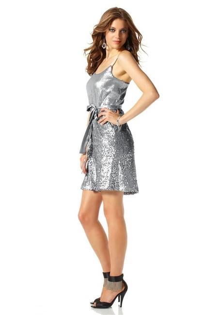 92b1fe3ba056 Očarujúce spoločenské šaty Laura Scott Evening - Violettemoda.sk