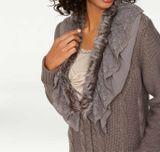 Dlhý sveter s kožušinkou a čipkou