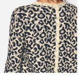 Leopardí pulóver s flitrami