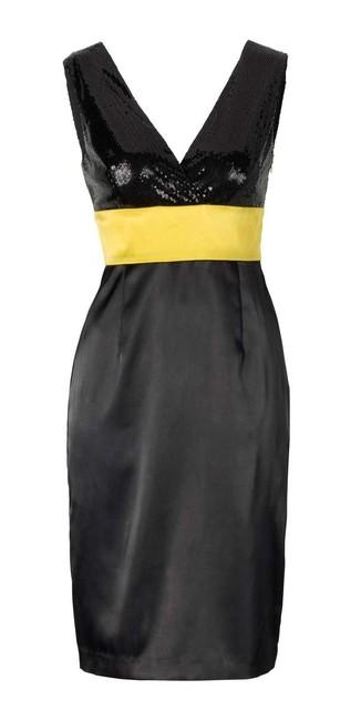 Kokteilové čierne šaty APART zväčšiť obrázok a40721b51b9