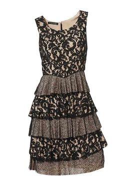 Čipkované šaty s volánmi Ashley Brooke