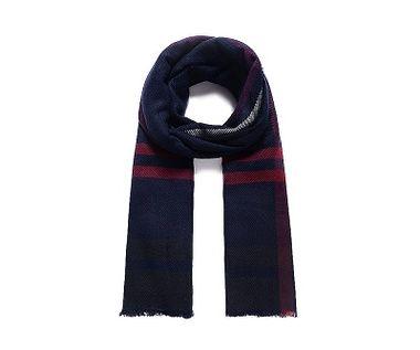 Elegantný modrý šál na zimu