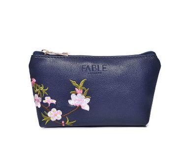FABLE kozmetická taštička vyšívaná kvetmi - modrá