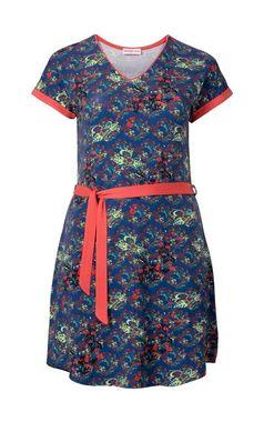 Farebné šaty s opaskom Sheego