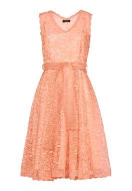 Romantické šaty APART