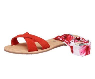 Sandále s kvetmi Tamaris