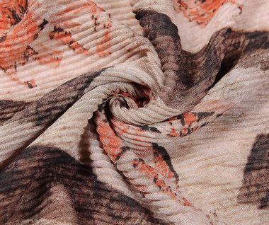 """""""Must have"""" plisovaná šatka so vzorom lotosového kvetu - zelená"""