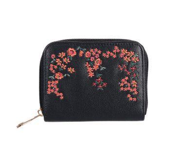 Peňaženka vyšívaná kvetmi, čierna